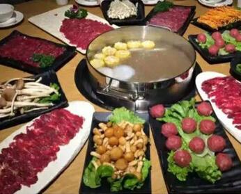 牛珍轩潮汕牛肉火锅:传承千年,不朽财富