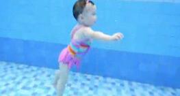 英国婴幼儿游泳教学资深人士茱莉安·詹姆斯谈快乐游泳教学